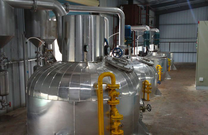 Oil refining equipment Why should a few cans